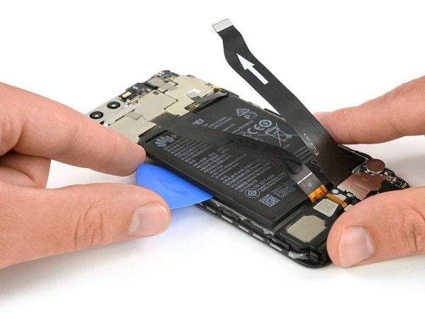 Huawei P10 szétszerelve-min